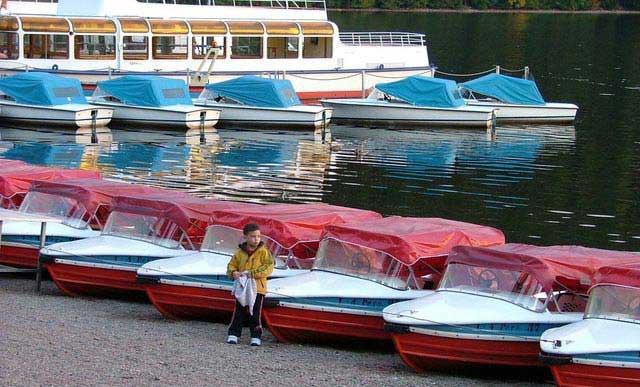 אגם טיטי ליד העיירה טיטיזֶה (מופיע במסלולי המשפחות)