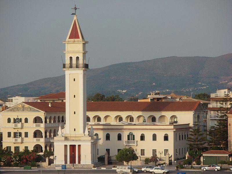 כנסיית דיוֹניסיוּס הקדוש בעיירה זאקינתוֹס