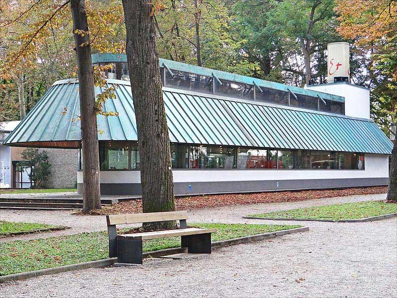 ביתן חנות הספרים של הביאנלה, בתכנונו של האדריכל ג