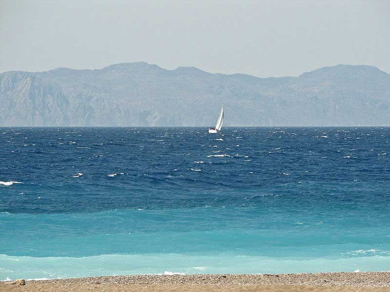 גלישת רוח בחוף איקסיה