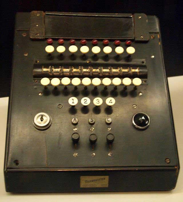 Magnetronic Reservisor מכונה להזמנת כרטיסי טיסה מ-1952