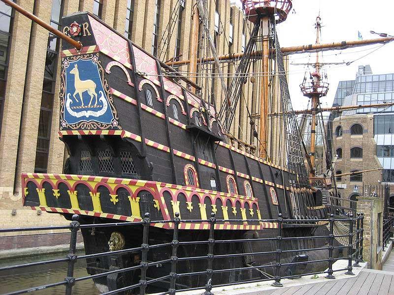 שחזור של ספינת המפרש העתיקה של סר פרנסיס דרייק