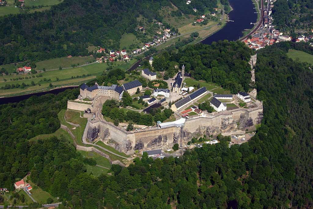 מצודת קניגשטיין, אחת המצודות הגדולות באירופה