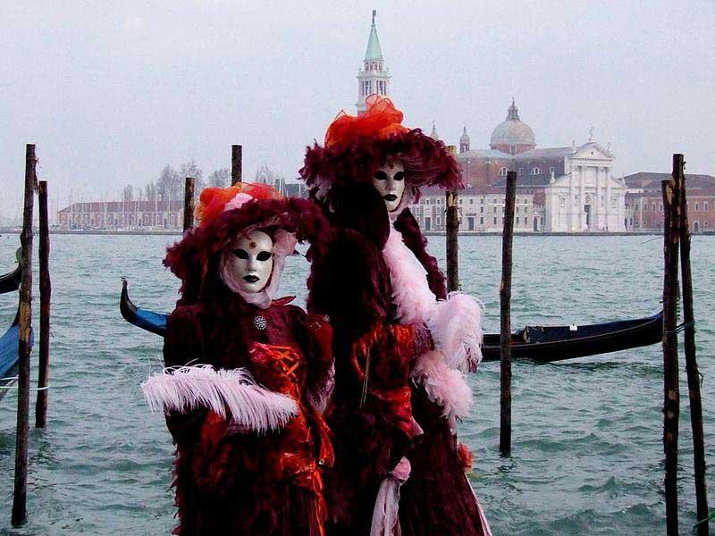 תחפושות מסורתיות בקרנבל ונציה