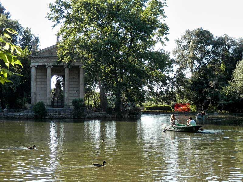 פארק וילה בּוּרגֶזֶה בלב רומא