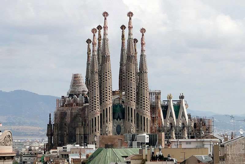 לה סאגראדה פמיליה, ברצלונה, ספרד