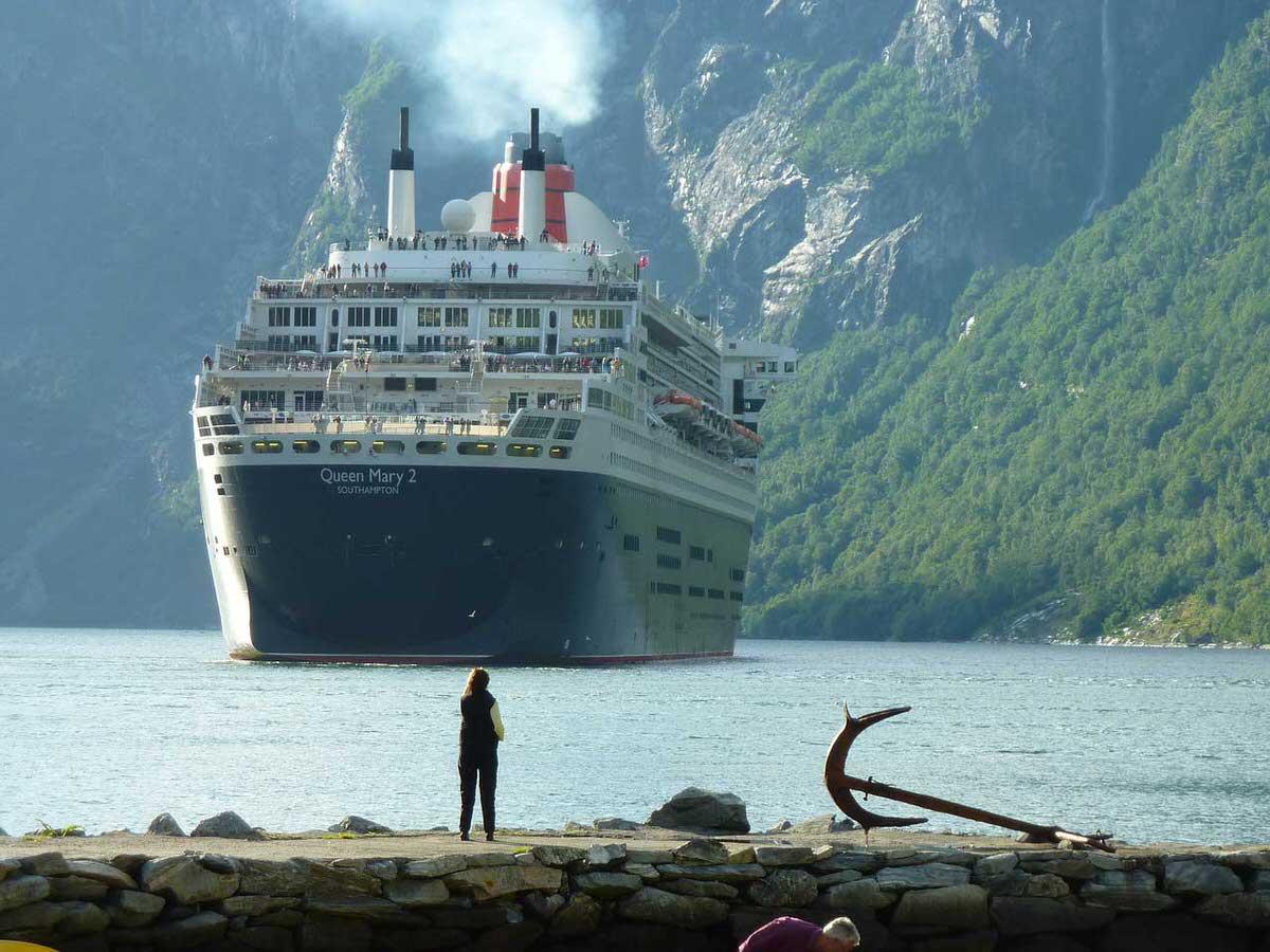 הפלגה בספינת תיור- הנופש הבא שלכם?