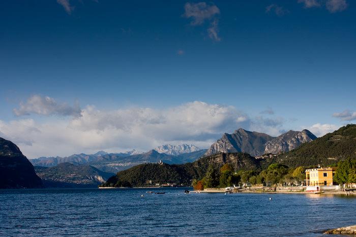 אגם איזאו שבמחוז לומברדיה