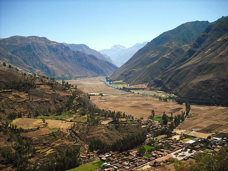 ריו אוּרוּבָּמבָּה הזורם בעמק הקדוש