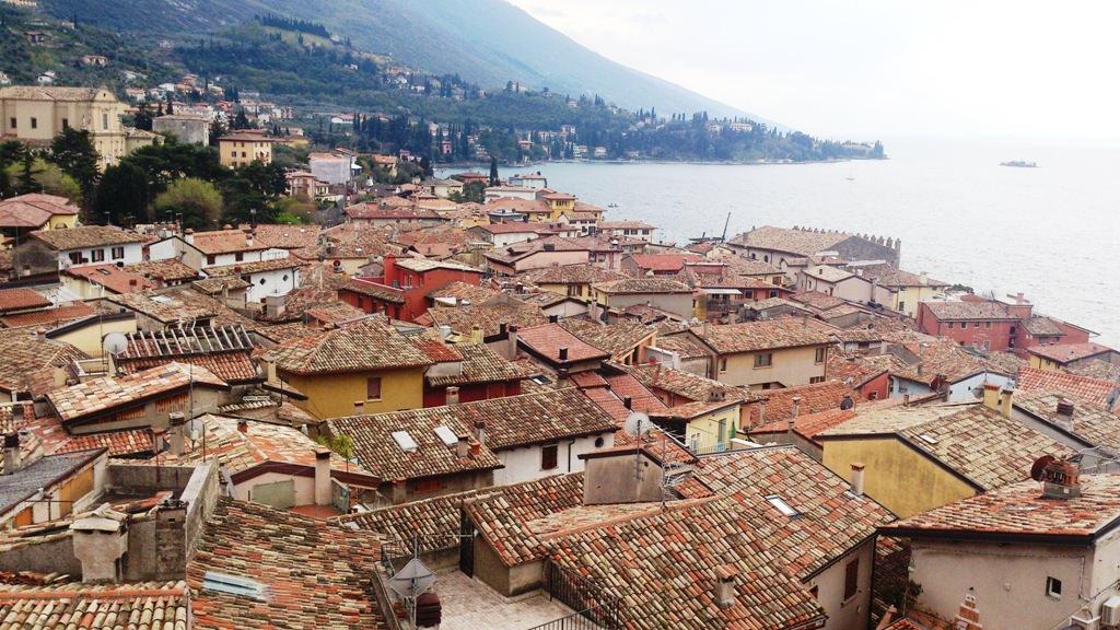 גגות העיירה מאלצ