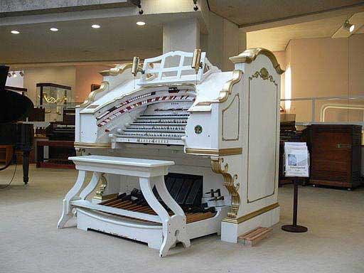 אורגן התיאטרון Mighty Worlitzer במוזיאון לכלי נגינה
