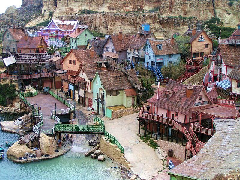 הכפר של פופאי - פארק השעשועים הייחודי במלטה