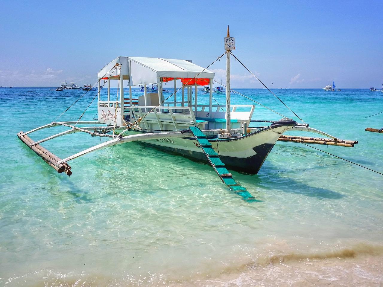 החוף הלבן בבורקאי, הפיליפינים
