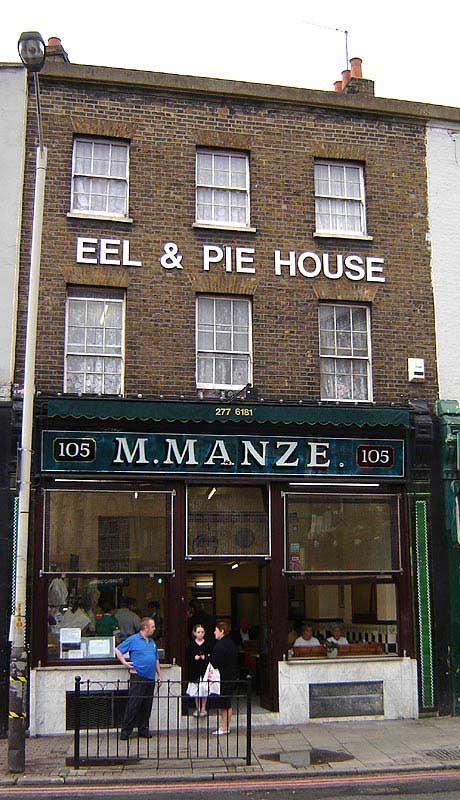 סניף של מסעדת M. Manze הוותיקה בפקהאם