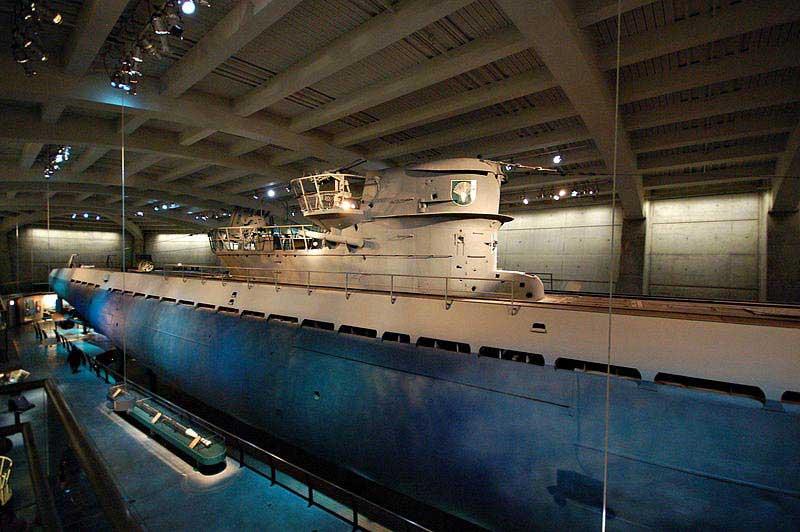 צוללת גרמנית U-505 במוזיאון המדע והתעשייה שבשיקגו